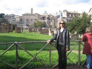 Barbara in front of the Roman Forum where Caesar was killed.